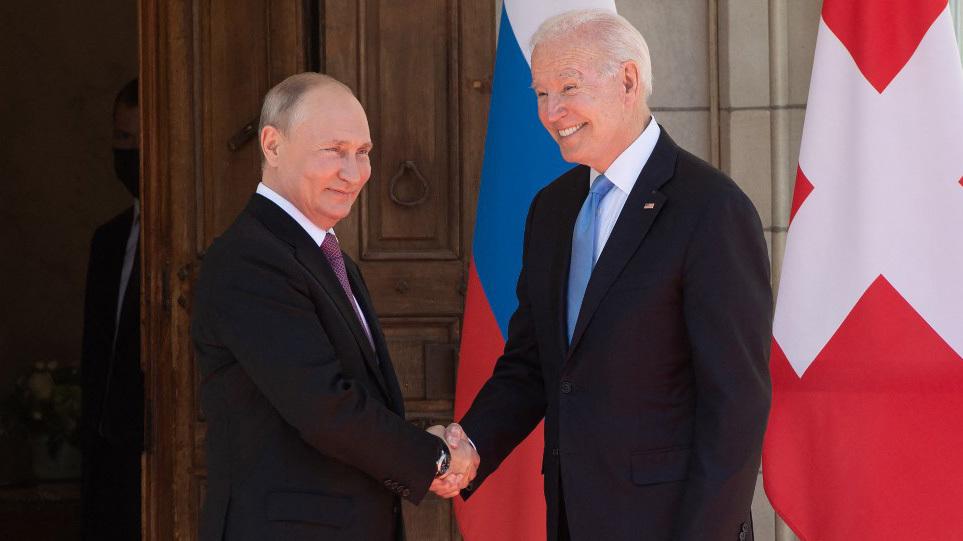 Τετ-α-τετ Μπάιντεν – Πούτιν: Κράτησε λιγότερο από το αναμενόμενο – Γιατί δεν θα δώσουν κοινή συνέντευξη Τύπου